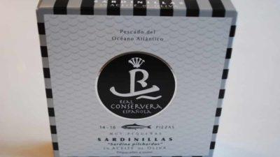 Mini sardines (sardinillas) à l'huile d'olive